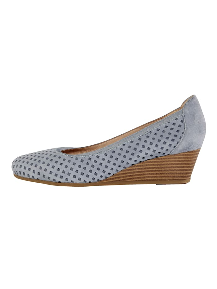 Wedge court shoes with chic cutout detailing
