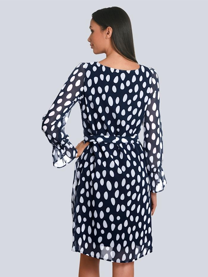 Kleid mit elastischem Jersey unterfüttert