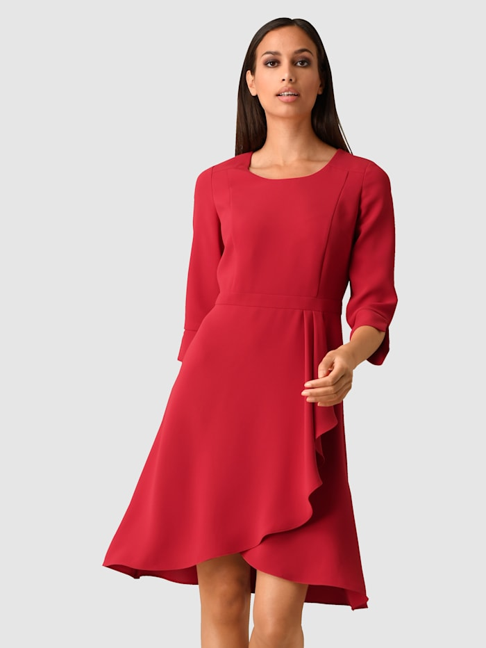 Alba Moda Klänning med elegant volang, Röd