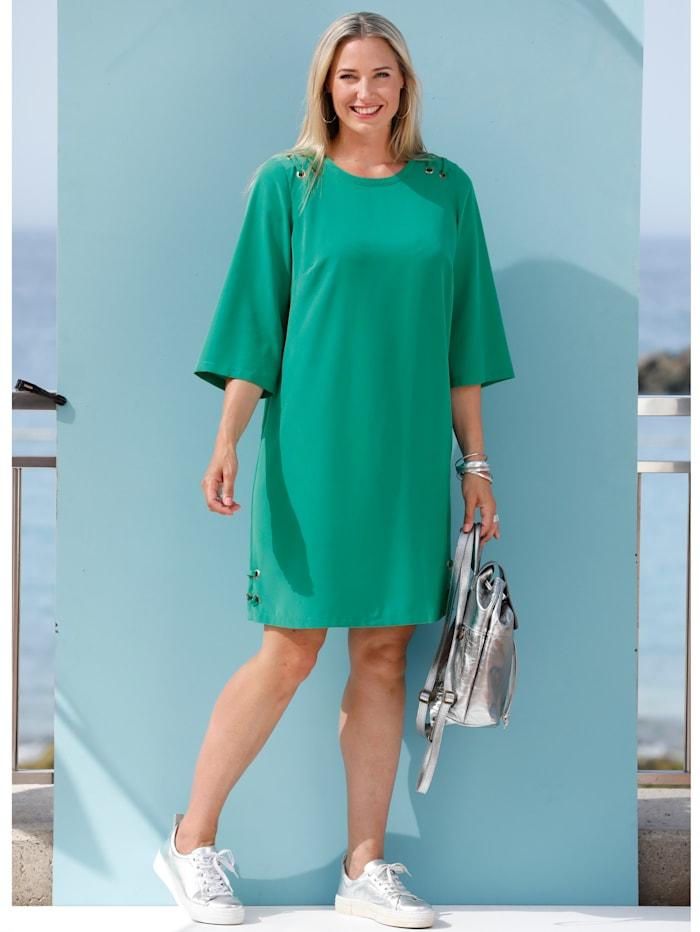 Kleid mit Ösen-und Schnürungsdetails an Schultern und Saum
