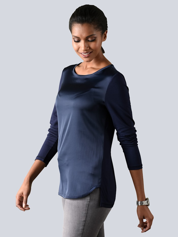 Shirt mit kurzer, dekorativer Knopfleiste im Rückenteil