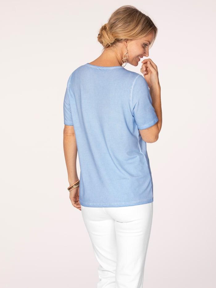 Shirt in modischer Färbung