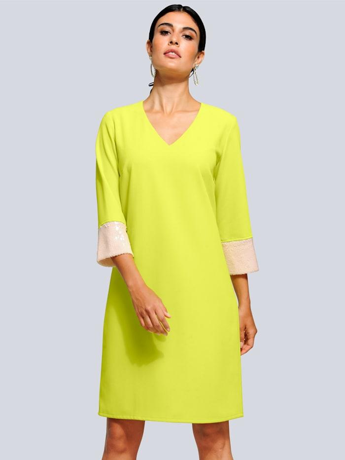 Alba Moda Kleid mit modischen Pailletten, Limettengrün