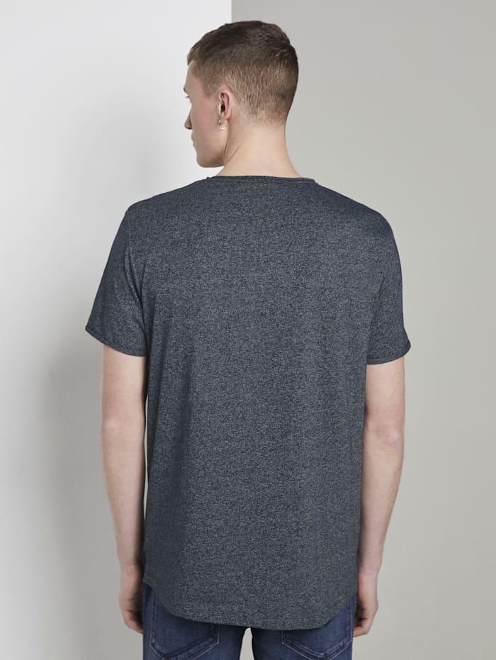 Strukturiertes T-Shirt mit V-Ausschnitt