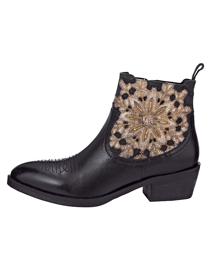 Chelsea Ankle boots with decorative embroidery