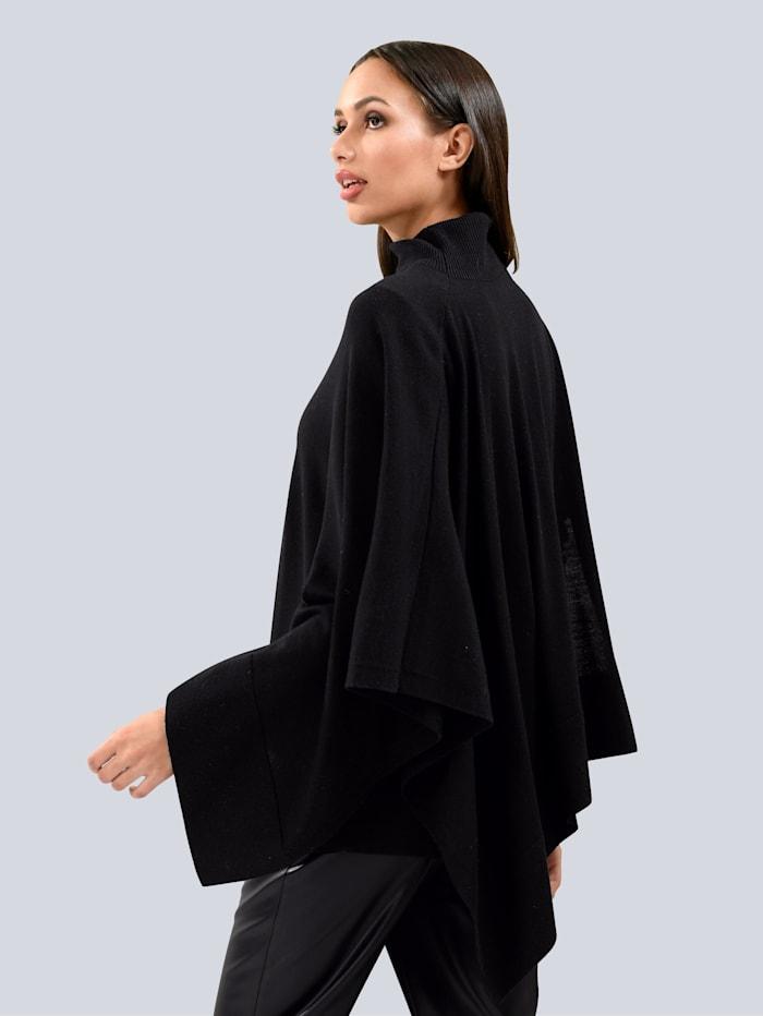 Bluse mit Falten im Vorderteil
