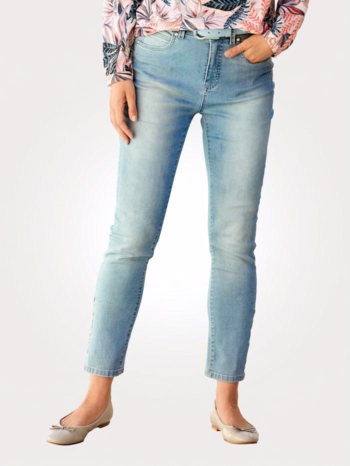 Jeans met subtiele sierstiksels