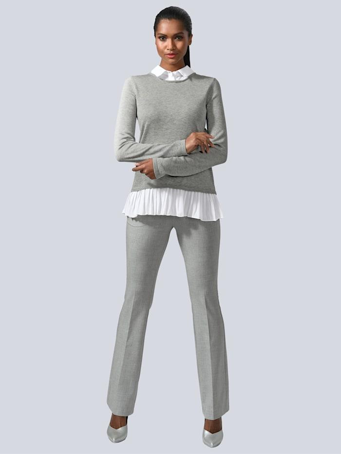 Pullover im modischen Layer-Look