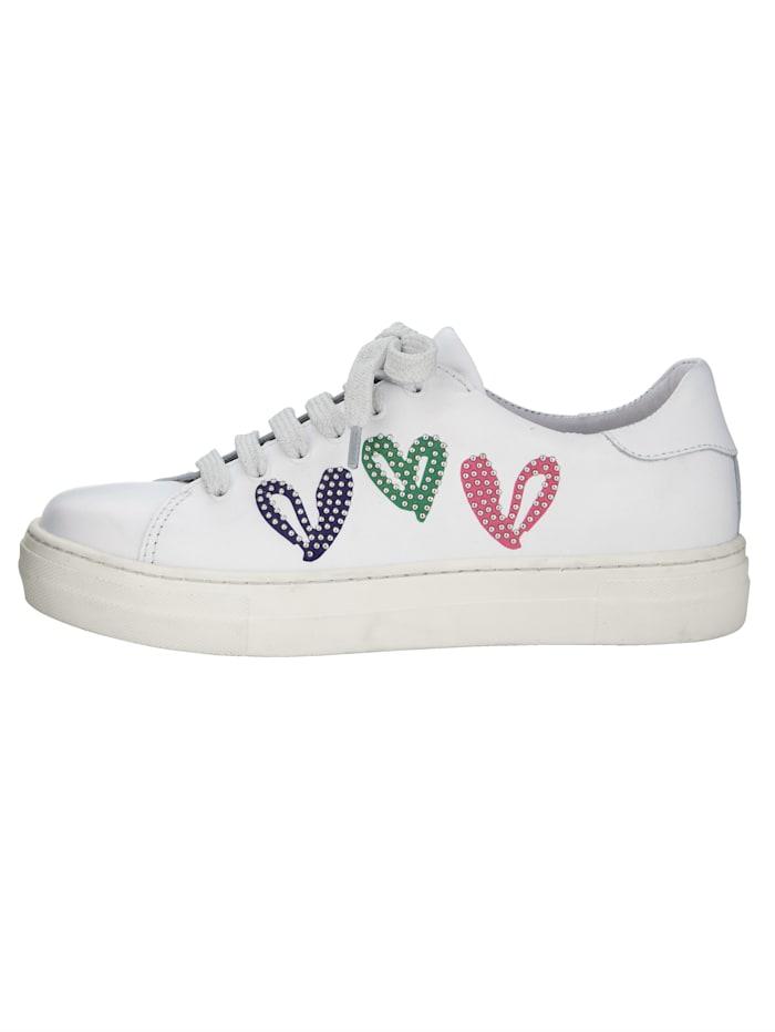 Sneaker mit verspielten Herzchen-Motiven