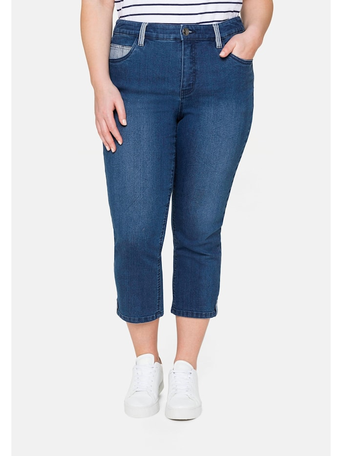Sheego Jeans «Die Schmale», in 7/8-Länge, mit Kontrastdetails, blue Denim
