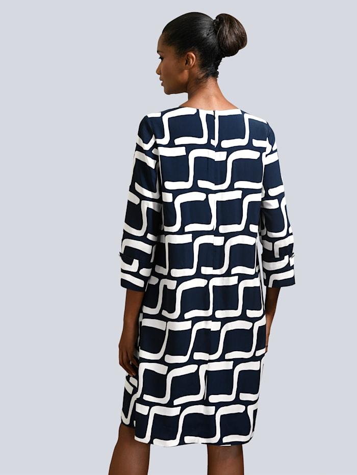 Kleid mit grafischem Dessin allover