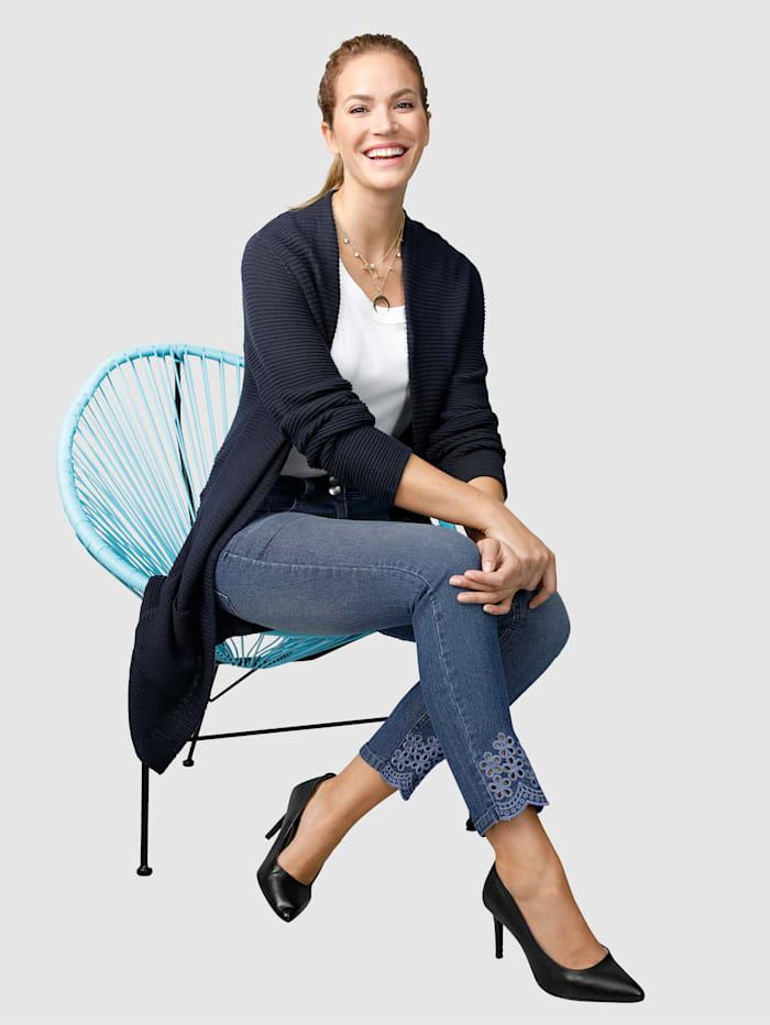 Jeans Laura Slim - mit Cutout Stickerei