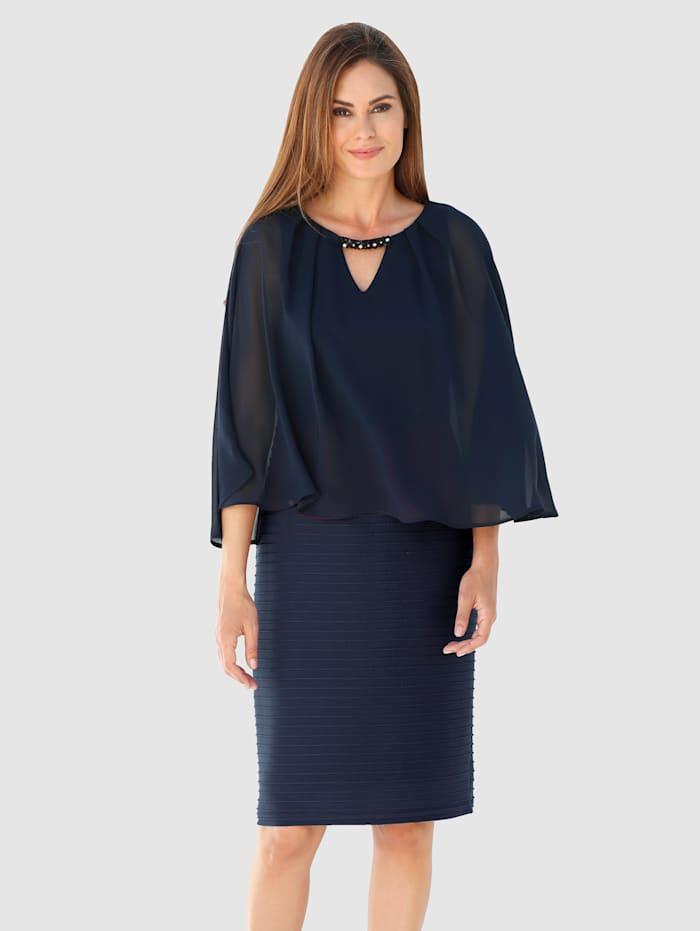 Kerrosmallinen mekko, Laivastonsininen