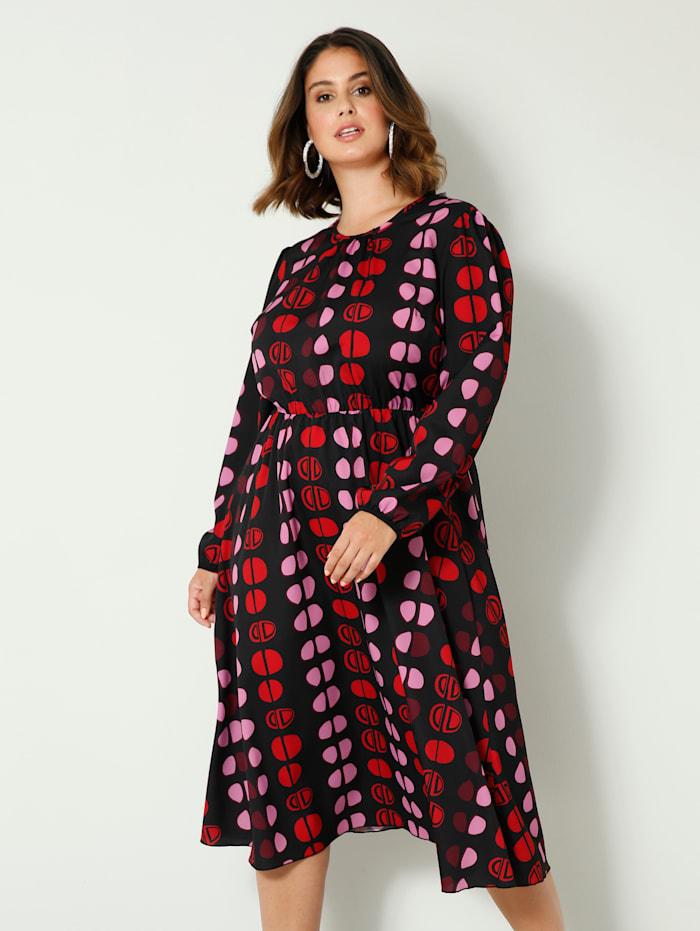 Robe avec élastique à la taille