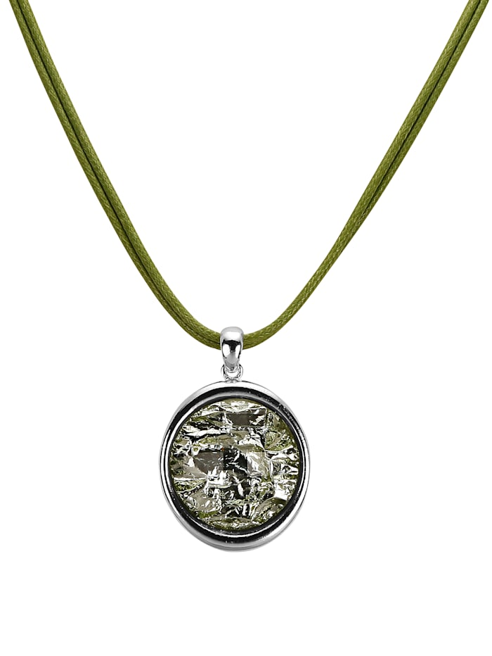 Necklace with beautiful pendant