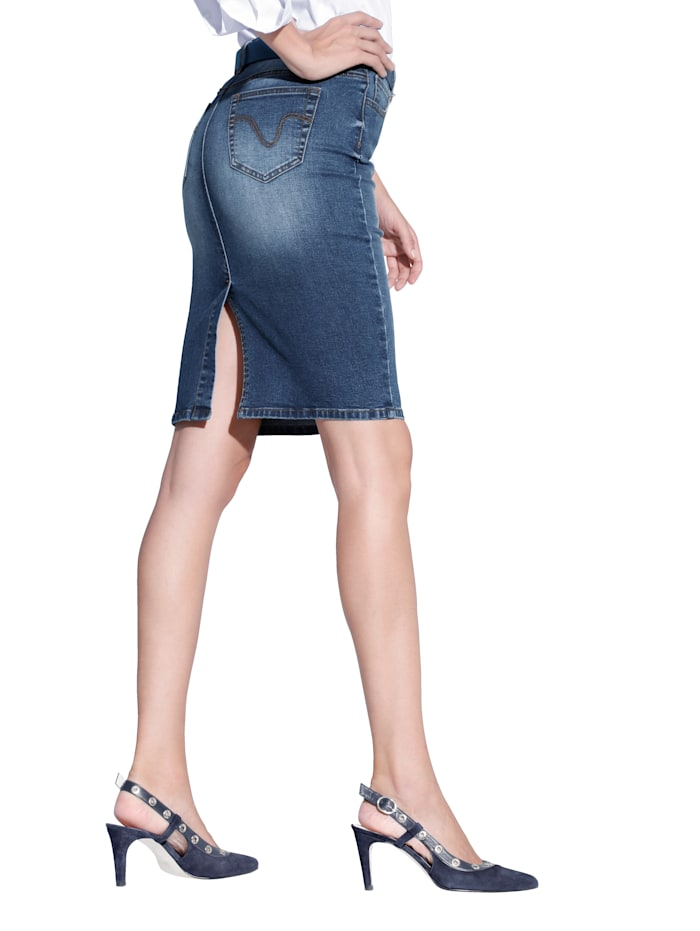 Jupe en jean de coupe 5 poches
