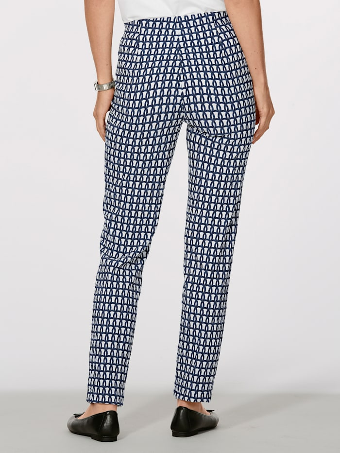 Trousers in a jacquard pattern