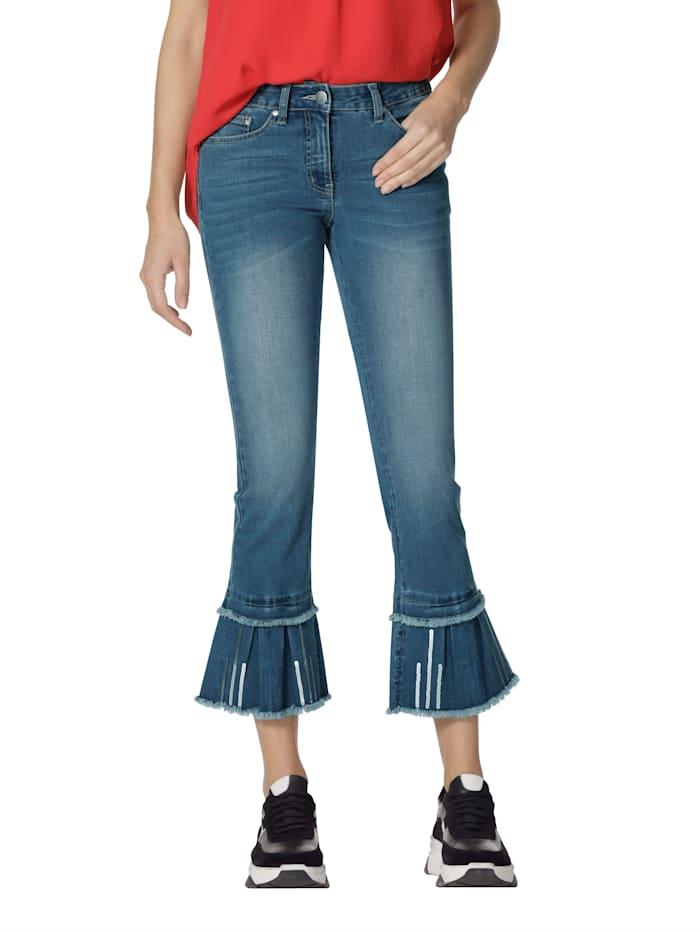 Jeans mit Pailletten und Fransen am Saumabschluss