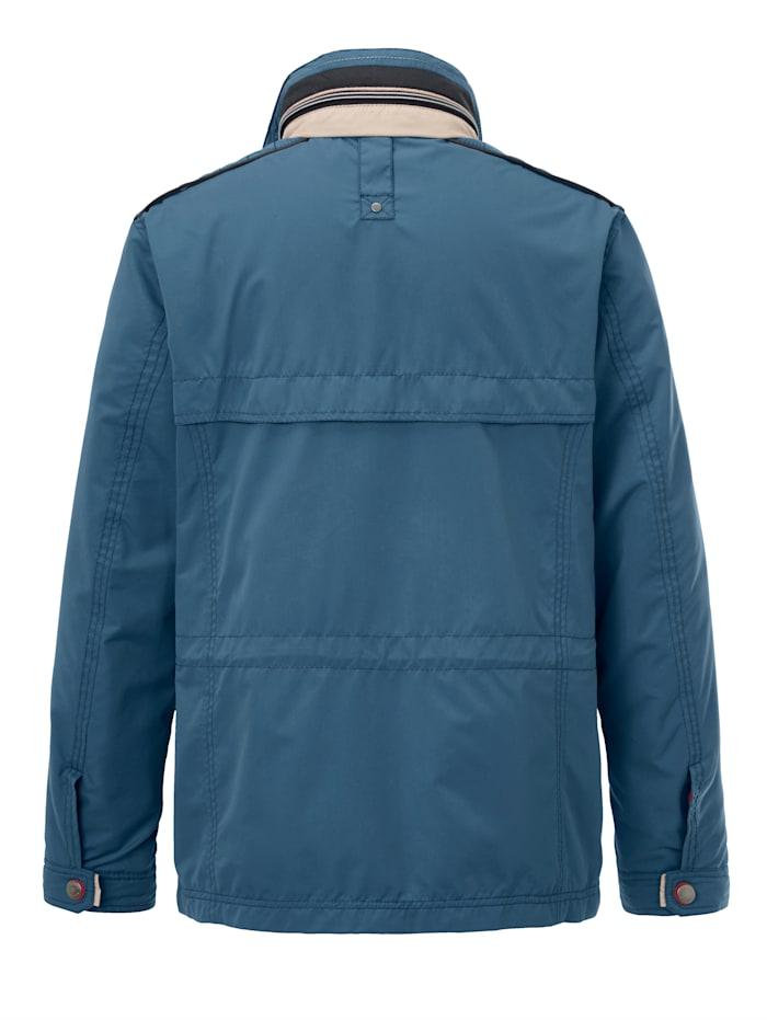 Tuulta- ja vettähylkivä takki