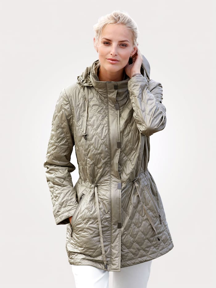 Quilted jacket made from shimmering microfibres
