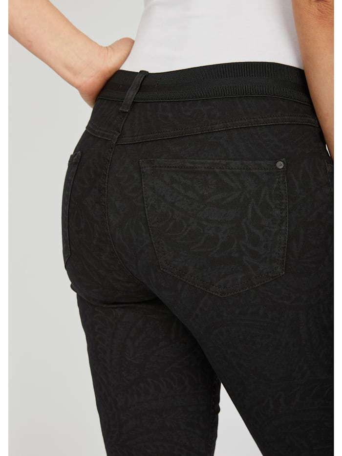 'One Size Fits All' mit Paisley-Muster