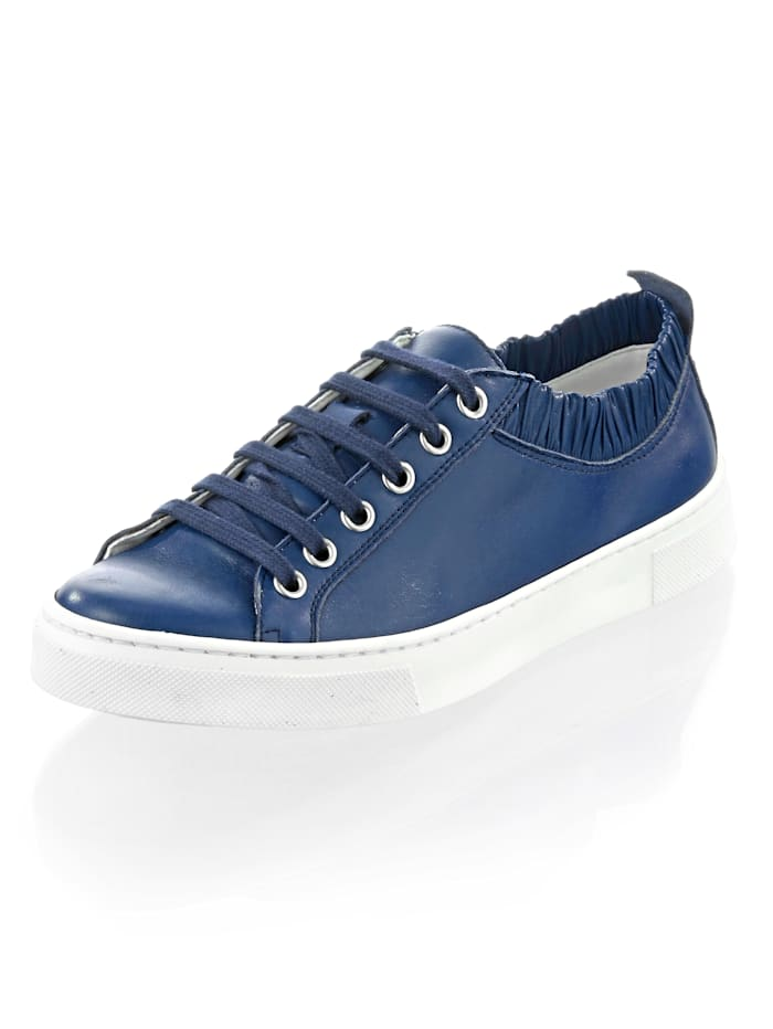 Alba Moda Sneaker mit femininen Rüschen, Marineblau