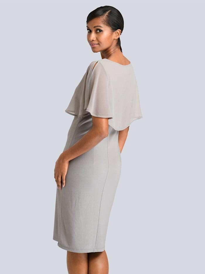 Kleid mit Chiffon-Layer
