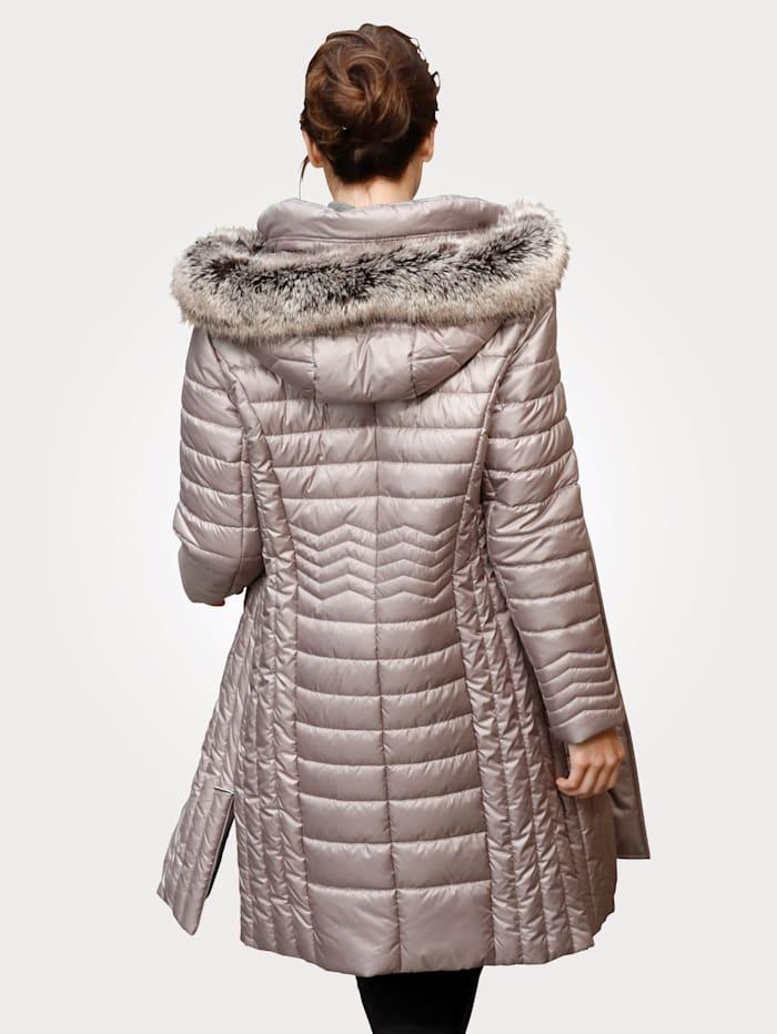 Short coat with faux fur
