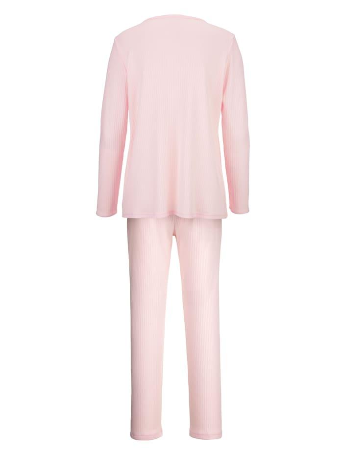 Kohoraidallinen pyjama