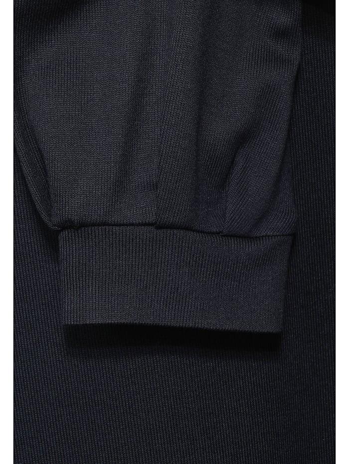 Shirt mit U-Boot Ausschnitt