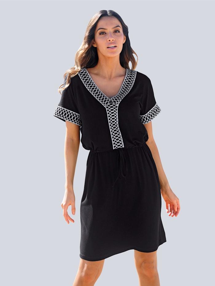 Alba Moda Strandkleid mit dekorativer Stickerei, Schwarz