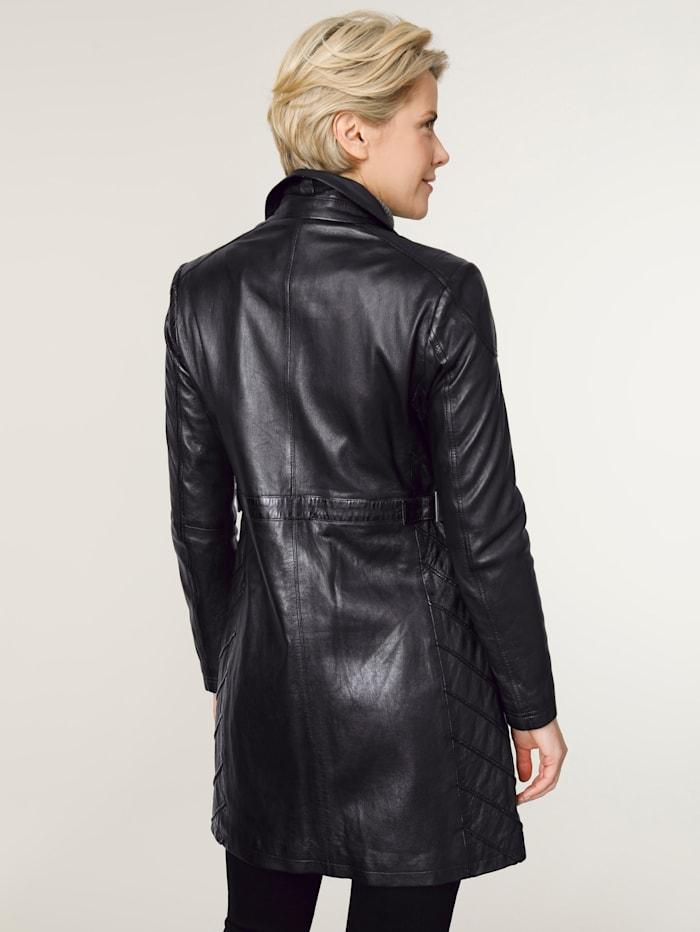 Kožená bunda s módními švy