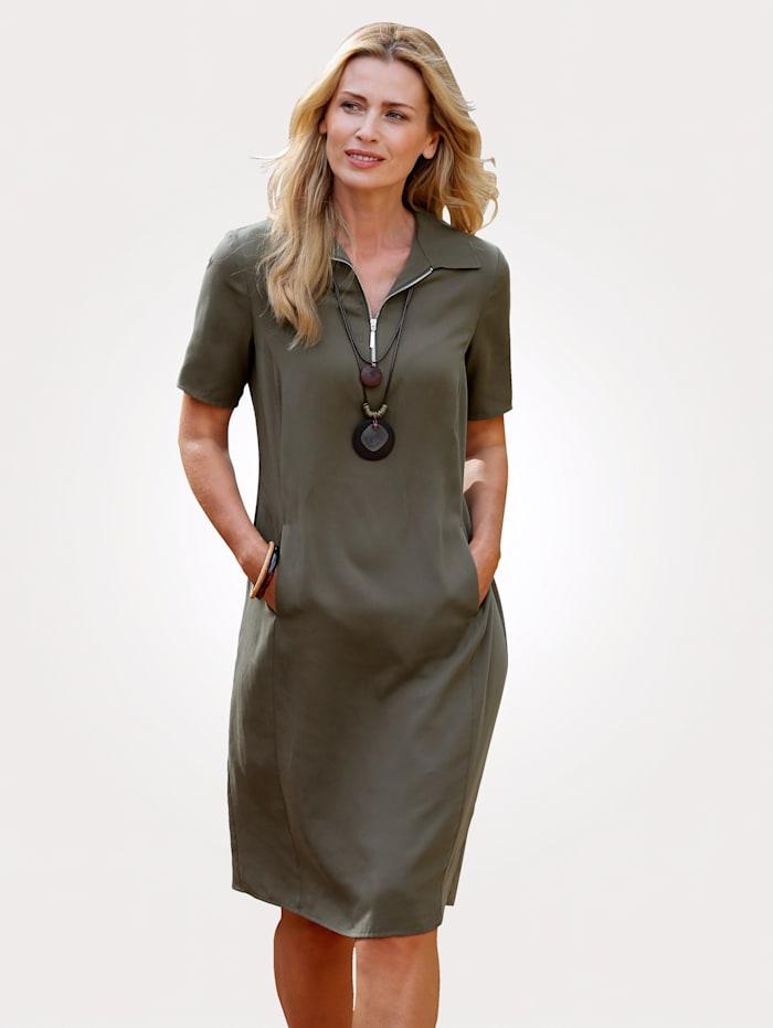 MONA Robe en Lyocell, Olive