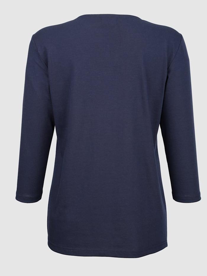 Strassikivin somistettu paita