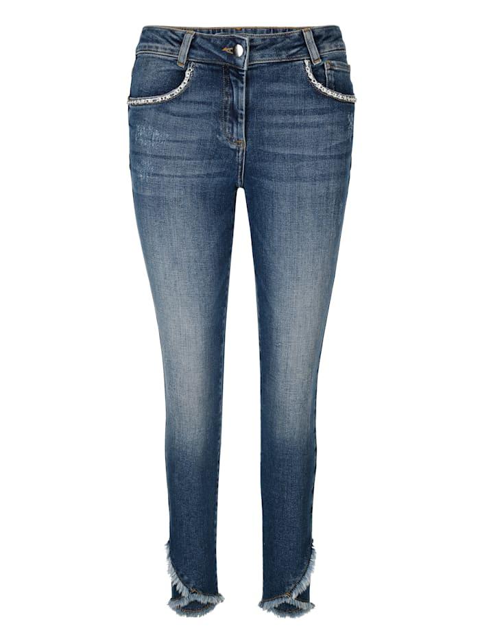 Jeans in Slim Fit model