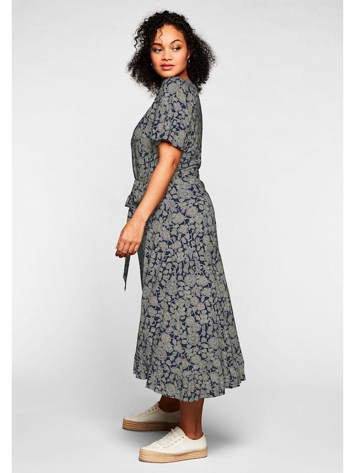 Kleid mit kurzen Flügelärmeln