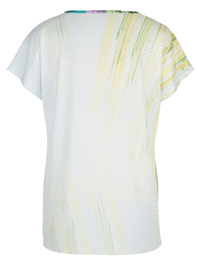 Shirt in figurumspielender Form
