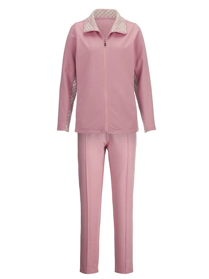 Leisure Suit with a beautiful jacquard insert