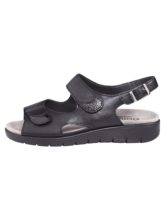 Ilmatyynyvaimennetut sandaalit
