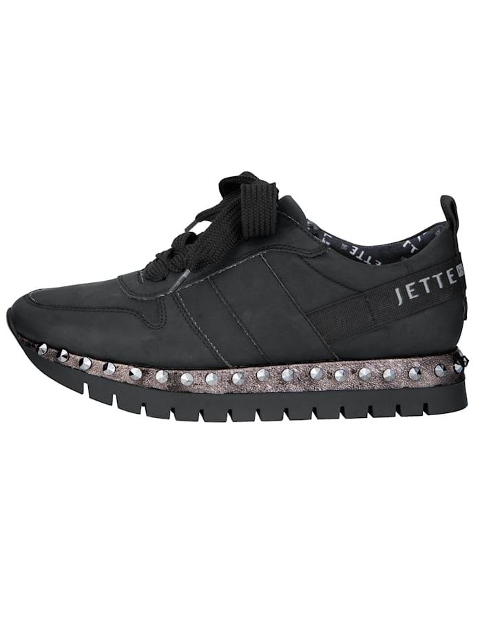 Sneaker mit Nietenbesetzter Laufsohle