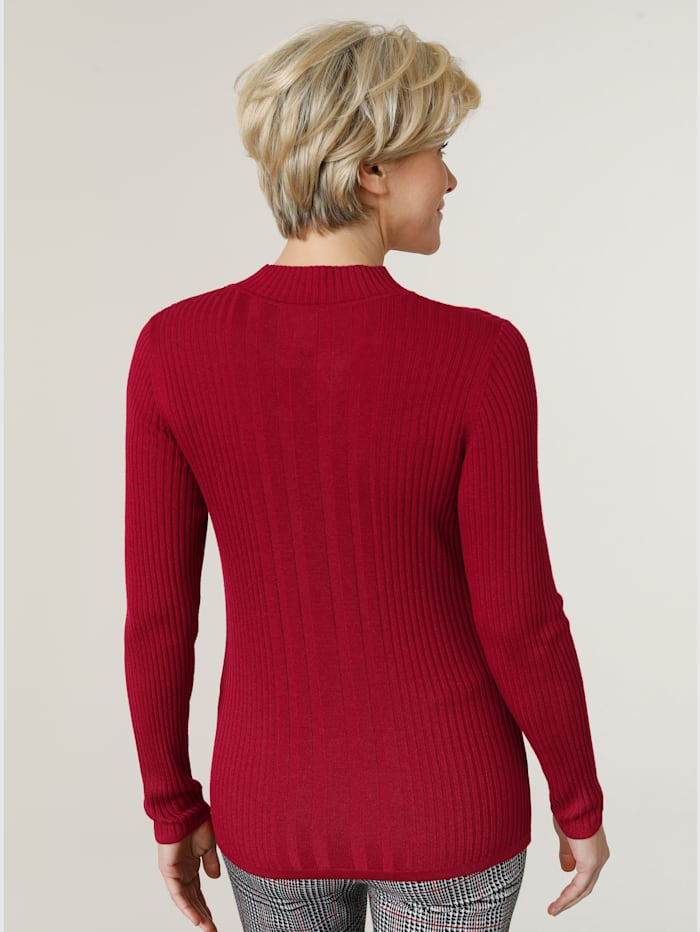 Jumper in a ribbed knit