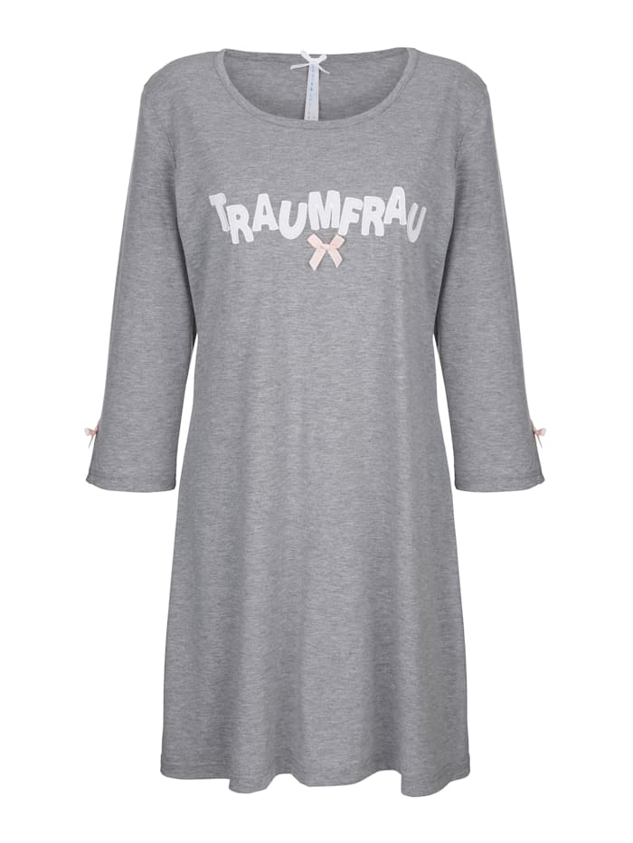 Nightdress with sleeve slits
