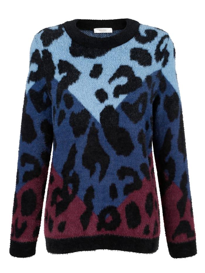 Pullover mit haarigem Garn