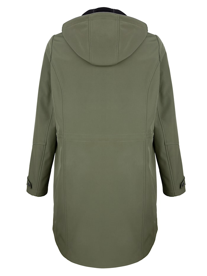 Veste softshell à capuche pratique