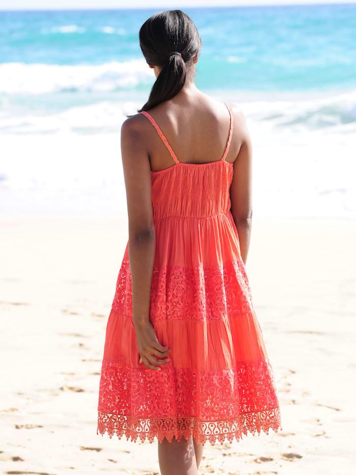 Strandkleid mit Häkelspitze