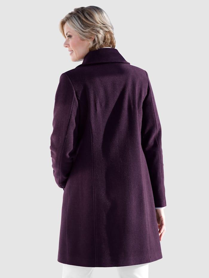 Manteau à jolie finition ondulée