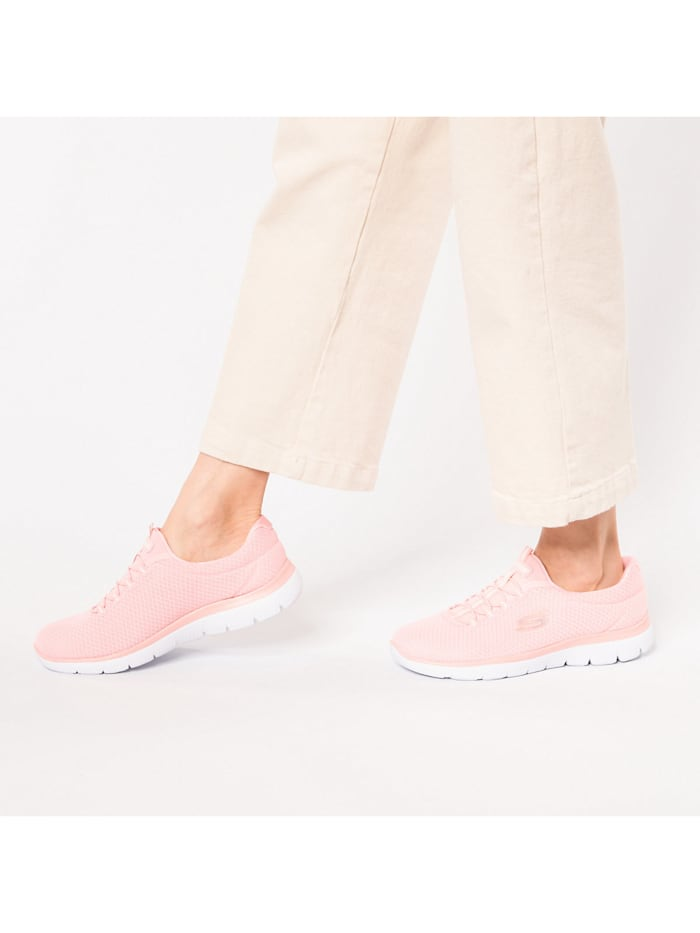 Summits Slip-On-Sneaker