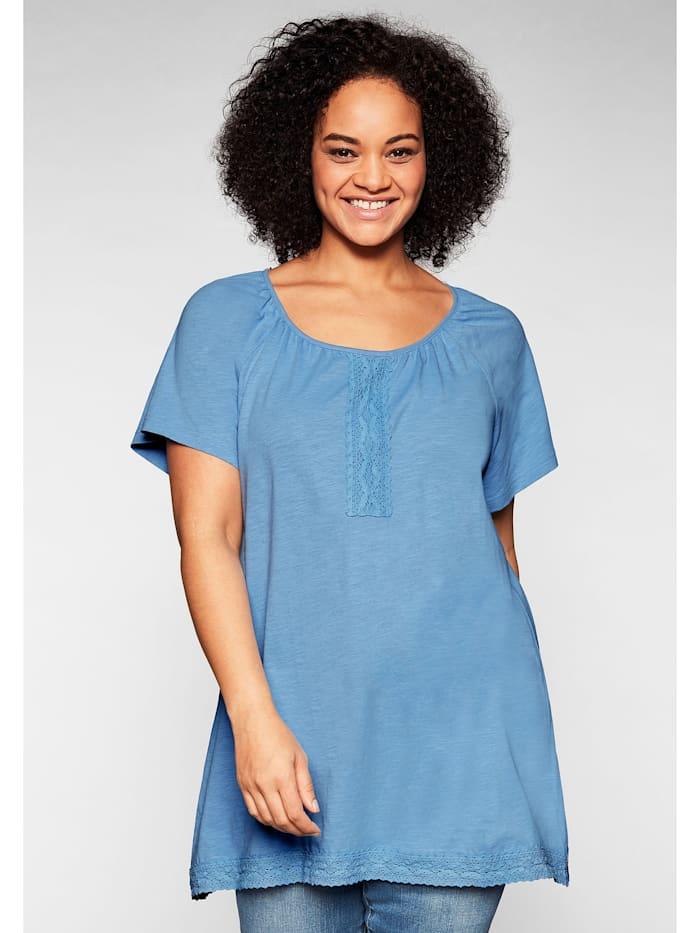 Sheego Shirt mit Spitze und Zipfelsaum, jeansblau