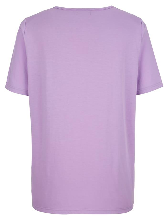 Tričko s dekoratívnou čipkou na výstrihu