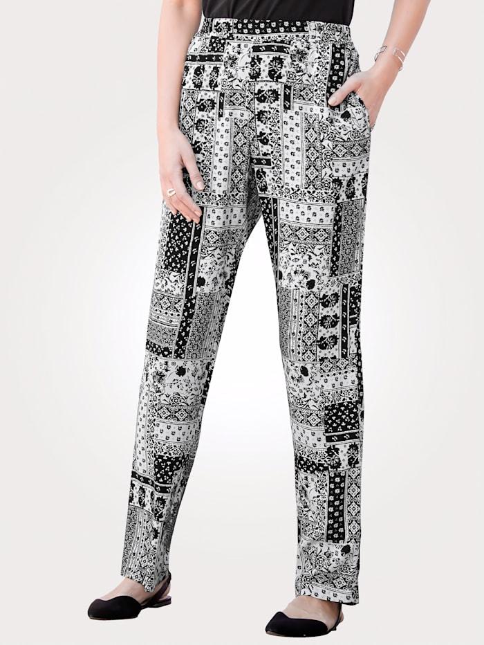 Pantalon à différents motifs